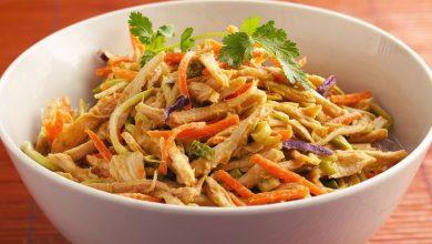 0c2d0a11-8527-4d4a-a2a6-7d9876381b46-390x220 طرز تهیه سالاد مرغ تايلندى آشپزی دسرها   وردنگار