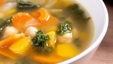 1-vegetable-soup-56a9bf413df78cf772aa2bf0-390x220 طرز تهیه سوپ سبزیجات خانگی، آسان و پر از ویتامین آشپزی غذاهای گیاهی   وردنگار