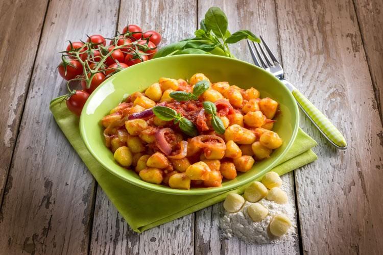0421 آموزش طرز تهیه خوراک اسکواش تابستانی با جو آشپزی غذاهای گیاهی   وردنگار