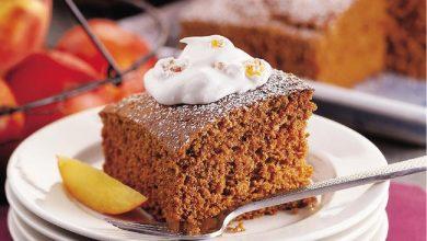 gingerbread-with-peach-whipped-cream-390x220 چگونه کیک زنجبیلی با کرم هلو درست کنیم؟ آشپزی کیک ها   وردنگار