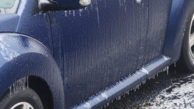 8415350460-b9017d03de-k-1512412912-390x220 ماشین خود را چگونه برای رانندگی در برف آماده کنیم؟ دانستنی های علمی دانش و فناوری مجله خودرو   وردنگار