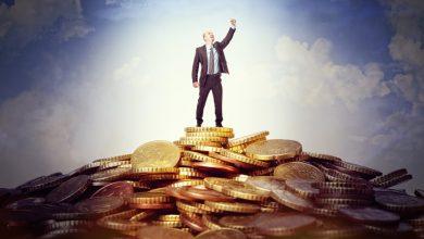 Rich-vs.-Wealthy-390x220 8 طرز تفکری که شما را از داشتن زندگی ثروتمندانه دور می کند سبک زندگی مهارت های زندگی موفقیت   وردنگار