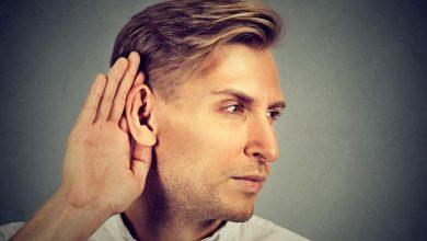 man-cupping-his-ear-390x220 تکنیک ویرایش نوین ژن ممکن است از ناشنوایی جلوگیری کند بیماری های کودک خانه کودک سلامت مطالب سلامت   وردنگار